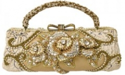 mary-frances-purses-champagne-kisses