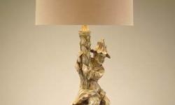 man-holding-lamp-jrl-7541